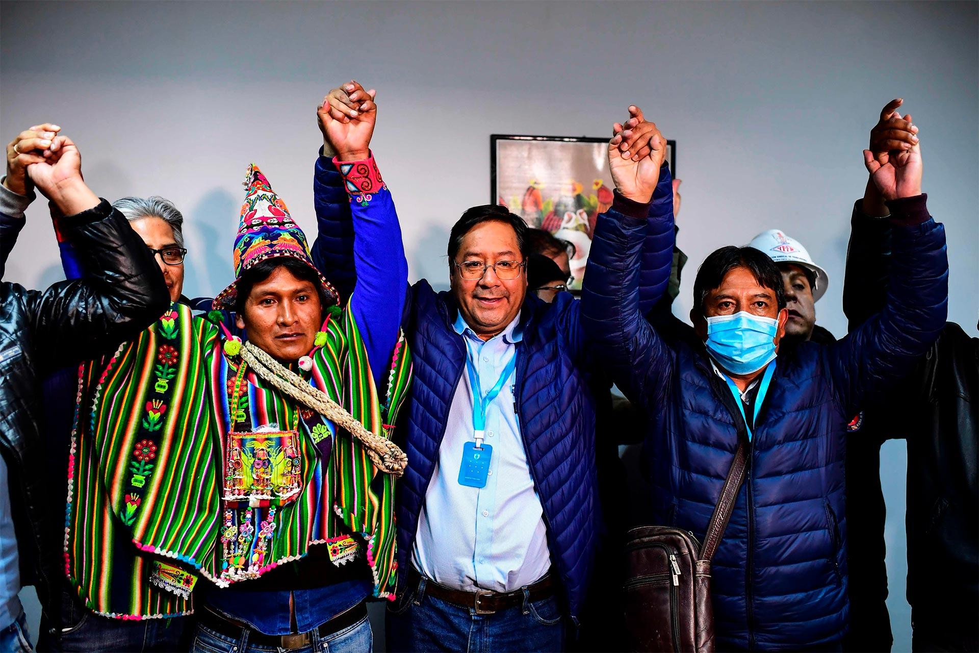 Los sondeos a pie de urna dan la victoria al MAS: Así ha sido la jornada electoral en Bolivia